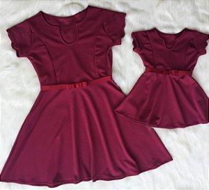 Vestido vermelho aveludado Mãe e Filha