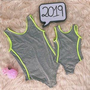 Body cinza com verde Mãe e Filha