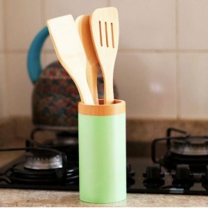 Kit de utensílios de bambu