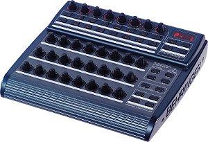 Controlador MIDI BiVolt - BCR2000 - Behriger