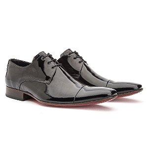 Sapato social Oxford masculino em verniz
