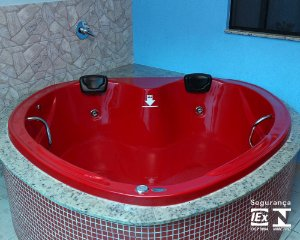 Banheira Dupla Passione com hidro 170x170x45 cm. Exclusiva!