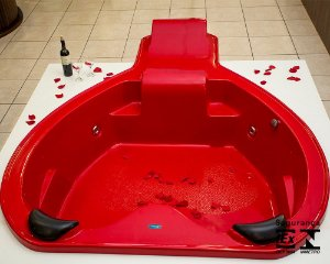 Banheira para Casal Passione Plus com hidro 252x189x48 cm. - Exclusiva!