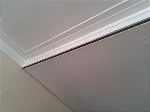 moldura dupla já instalada 7 cm na parede 7 cm no teto