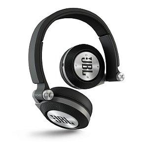 Fone De Ouvido Wireless Bluetooth JBL Synchros E40BT Preto