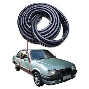 Borracha Tubular Porta Direita Chevrolet Monza Sedan 83/86