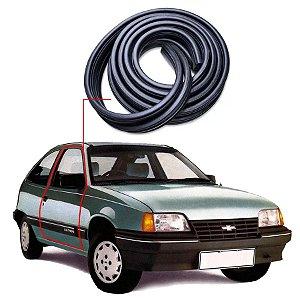 Borracha Tri-bulbo Porta Direita Chevrolet Kadett