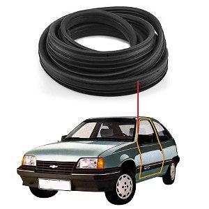 Borracha Com Aba Porta Esquerda Universal Chevrolet Kadett