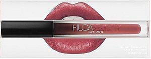 Lipstick Huda Beauty Demi Matte - cor: Sheikha