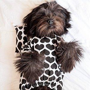 Pijama para Cachorros e Gatos | Corações Pretos