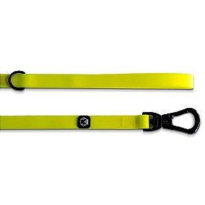 Guia Impermeável para Cachorros Amarelo