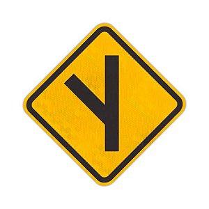 Placa Entroncamento oblíquo à esquerda A-10a