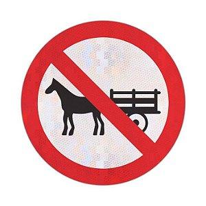 Placa Proibido trânsito de veículos de tração animal R-11