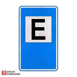 Placa Área de estacionamento - Serviços auxiliares (SAU-01)