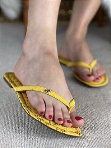 Chinelo Amarela