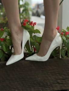 Sapato de croco branco