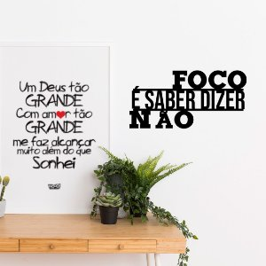 Frase Decorativa em MDF - Foco