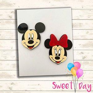 Mickey e Minnie acrílico colorido 6 cm  (5 peças )