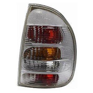 Lanterna Traseira Inovox Corsa Sedan 1995 a 1999 Direito