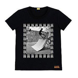 Camiseta Preta Tarobinha Sk8 Por Amor o Preço é Outro