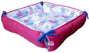 Cama de Cachorro Quadrada Luxo Pink - Porte Médio 48 x 48cm