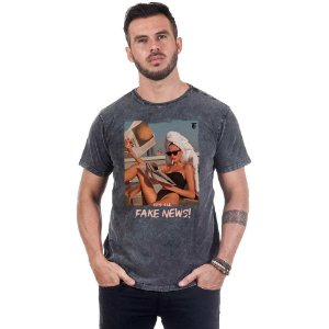 Camiseta Masculina Estampada É Tudo Fake News Use Thuco
