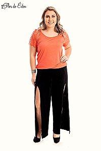Blusa Plus Size Feminina Em Viscose Com Detalhe Nos Ombros