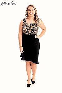 Vestido Plus Size Midi Estampado Com Elastano E Decote Quadrado