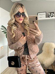 jaqueta rosê peluciada