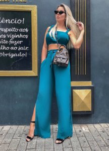 Cropped chic esmeralda