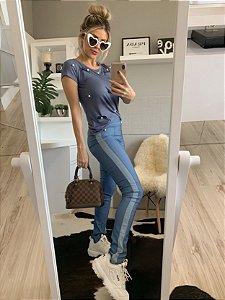 Calça fake jeans azul clara