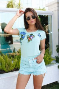 T-shirt Flores Bic
