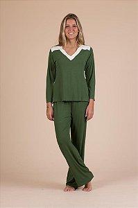 Pijama verde básico