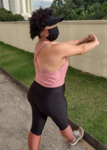 Top Plus Size Fitness Sustentação Recorte