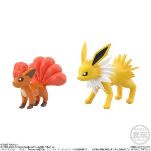 Pokémon Scale World - Jolteon e Vulpix