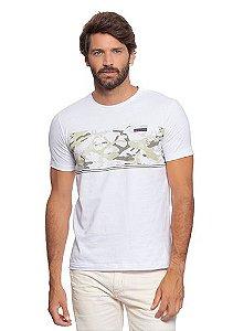 Camiseta Masculina Branca com Estampa Militar