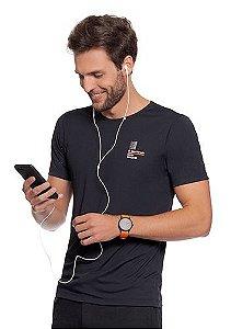 Camiseta Masculina Preta com Malha Fitness