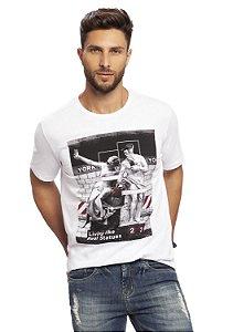 Camiseta Masculina Colisão