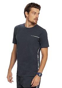 Camiseta Esportiva Estilo Atlético Cor Chumbo