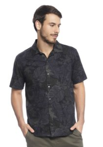 Camisa Masculina com Abertura Frontal