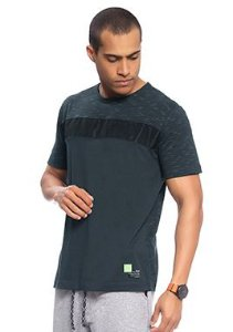 Camiseta Masculina Adulta com Recortes