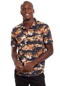 Camisa Masculina com Abertura Frontal e Estampa Digital