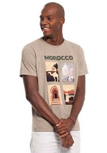 Camiseta Masculina Estampada com Tema Marroquino