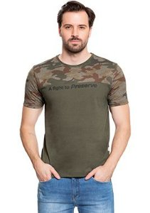 Camiseta Masculina com Lettering