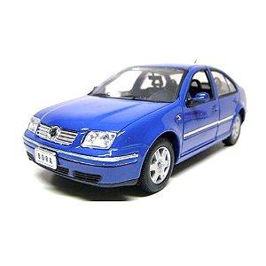 Carro Miniatura - Volkswagen Bora 2001 - 1/24 - Welly - DM Toys