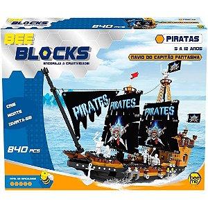 Lego Bee Blocks - Navio do Capitão Fantasma - 840 Peças - Bee me