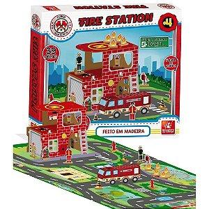 Fire Station - Corpo de Bombeiros - Brincadeira de Criança