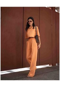Conjunto laranja manga curta