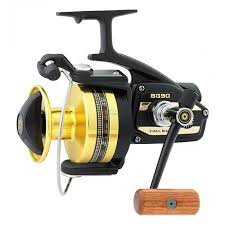 MOLINETE DAIWA BLACK GOLD SERIES BG-90