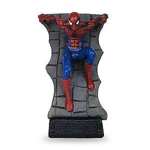 Homem Aranha na Parede Estatueta em Resina